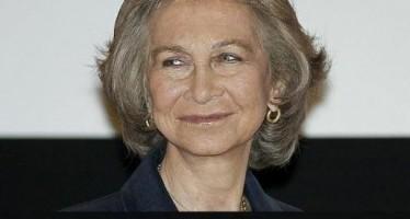 La reina Sofía asiste al homenaje de voluntarios para la detección precoz del Alzhéimer