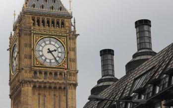 Reino Unido comienza a inyectar la vacuna de la Universidad de Oxford y Astrazeneca