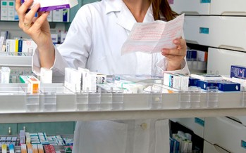 Cinfa y Esteve, en el top 10 de las farmacias