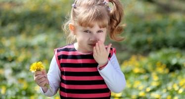 Aumentan los casos de alergia entre niños cada vez más pequeños por el cambio climático
