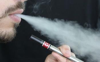 EE.UU. prohíbe la venta a menores de cigarrillos electrónicos