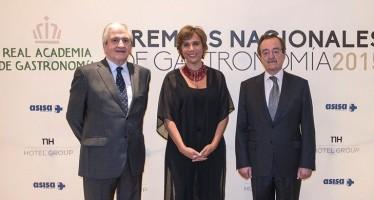 La Real Academia de Gastronomía premia a la Fundación Española del Corazón y a Marta Garaulet