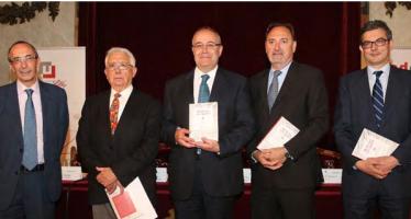 """Se presenta el libro """"Medicina en español II"""" de la Fundación Lilly"""