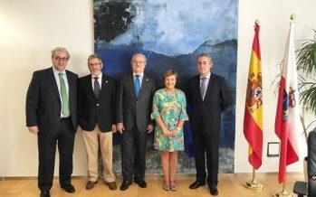 Reunión entre el presidente de la OMC y la consejera de Sanidad de Cantabria