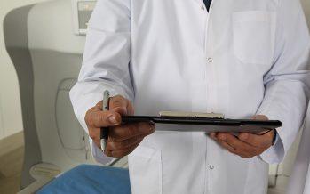 Los médicos no tributarán por su formación