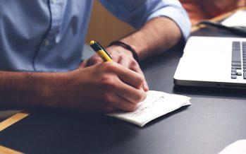 Cómo prevenir las contracturas en la oficina