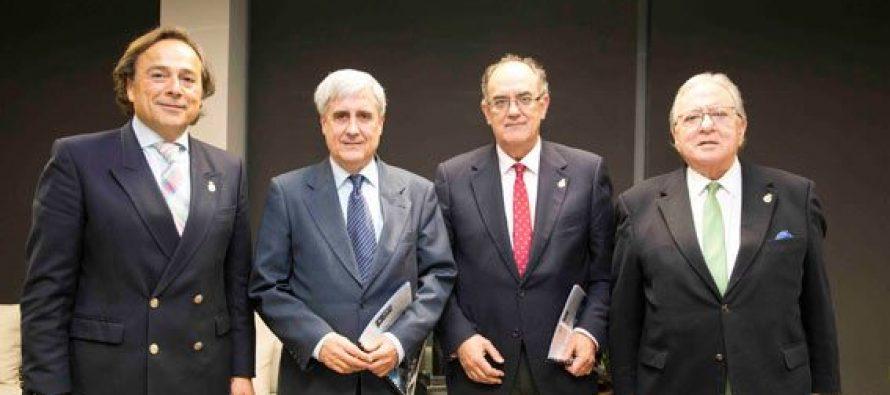 El Consejo General de Colegios de Veterinarios de España renueva su póliza de RCP con A.M.A.