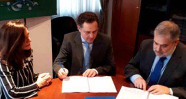 El Colegio de Veterinarios de A Coruña firma la póliza de decesos con A.M.A