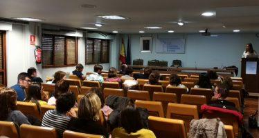 A.M.A. participa en las jornadas de formación de farmacéuticos de Asturias