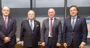 A.M.A. Vida firma con el Sindicato de Médicos de Murcia una póliza colectiva de Vida