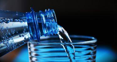 Farmacias de Cantabria inician una campaña sobre pautas de hidratación en verano