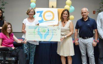 Empleados de Bayer recaudan 1.500€ en el mercadillo solidario del Mulla't -Mójate por la EM