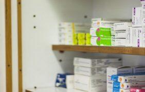Los farmacéuticos firman un acuerdo de colaboración con WikiFarmacia App
