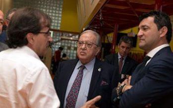 El presidente de la Fundación A.M.A., Diego Murillo, visita el Proyecto Hydro Physio