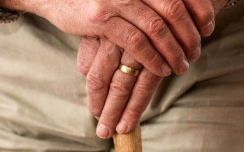 Investigadores de la Universidad de Málaga fabrican un bastón que mide la rehabilitación del paciente