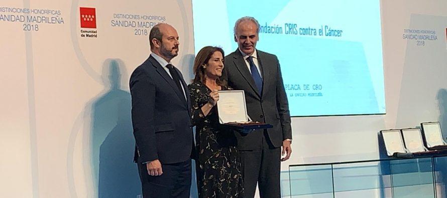 CRIS Contra el Cáncer recibe la placa de oro de la sanidad madrileña por contribuir a la investigación de cáncer