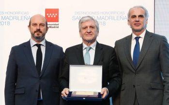 La Comunidad de Madrid entrega aAsisalaPlaca de Orode la sanidad madrileña