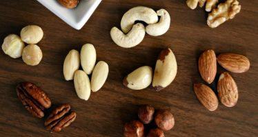 Un estudio destaca que los frutos secos durante el embarazo mejoran el desarrollo cerebral del bebé