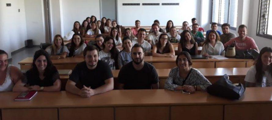 A.M.A. aborda la Responsabilidad Civil Profesional en Universidad de Podología de Sevilla