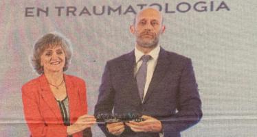 La Clínica Cemtro recibe el premio 'A tu salud' a la Mejor Clínica Privada en Traumatología