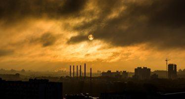 Un estudio vincula la contaminación del aire con problemas de salud mental en niños