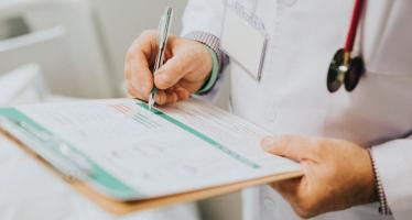 La esclerodermia es una enfermedad reumática autoinmune sistémicaque afecta a1 de cada 50.000 personas