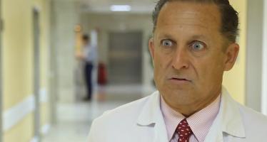 """Dr. Casas: """"En las piscinas los niños menores de 4 años tienen que estar supervisados en todo momento"""""""
