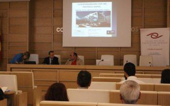 A.M.A participa con una interesante ponencia en el Colegio Oficial de Protésicos Dentales de Galicia