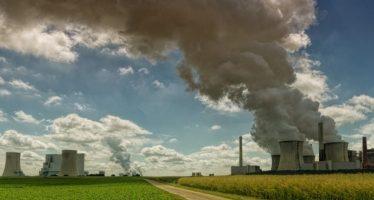 Un estudio detecta que personas que respiran más aire contaminado tienen más riesgo de alzhéimer