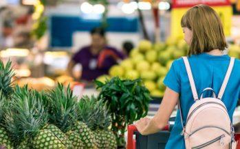 Sanidad lanza 'Esta Navidad…Que tu mesa se vista de etiqueta', sobre la importancia de leer bien el etiquetado de los alimentos