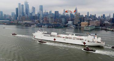El barco hospital con mil camas y 12 quirófanos ya está en Nueva York