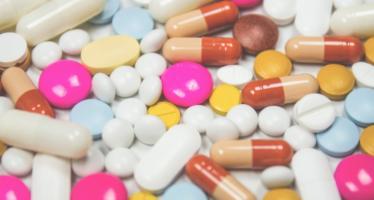 ¿Cómo es el camino de un medicamento desde el laboratorio hasta el paciente?