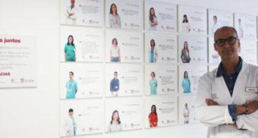 El Hospital del Vinalopó acoge una exposición con testimonios de sus sanitarios