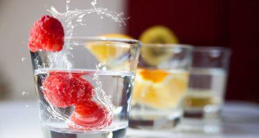 Frutas, legumbres y frutos secos para evitar la retención de líquidos