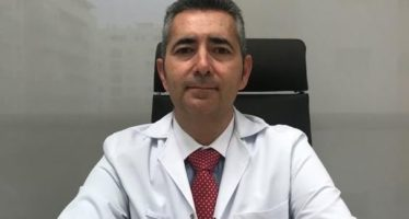 """Dr. Manuel Sánchez: """"La estenosis carotídea puede provocar embolias cerebrales o ictus"""""""