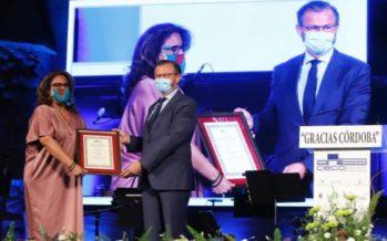Quirónsalud Córdoba recibe un reconocimiento de CECO por la labor desarrollada durante la pandemia