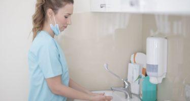 El dispensador automático que cuida e hidrata tus manos con emolientes dermoprotectores