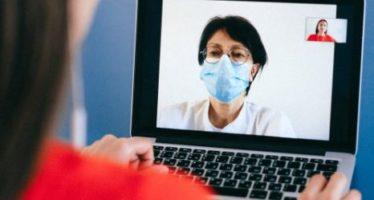 La videoconsulta permite al paciente oncológico estar en contacto permanente con su médico