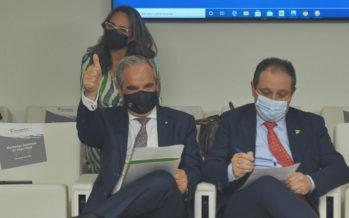 Jesús Aguilar repite como presidente del Consejo de Farmacéuticos