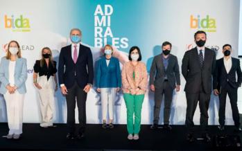 Homenaje a los sanitarios por su labor admirable frente a la pandemia
