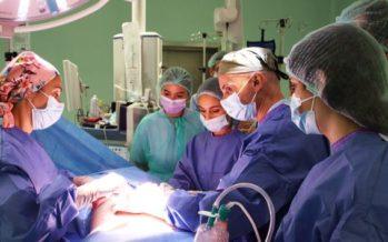 La Unidad de Mama del Hospital de Torrejón forma a los cirujanos del futuro